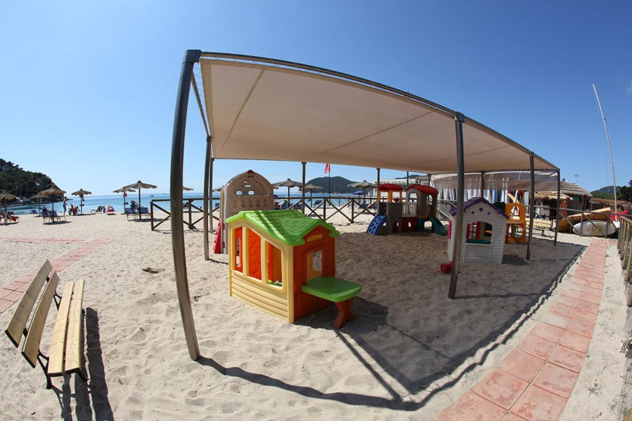 The Marina di Campo beach